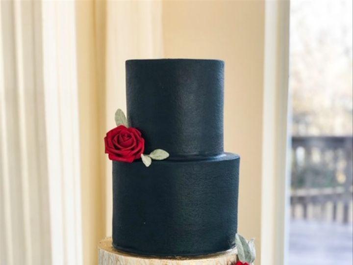 Tmx 3 3 20 23 51 204846 160995900290207 Tulsa, OK wedding cake