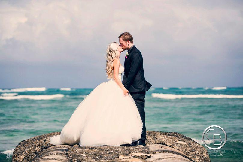 0fb15f62c3b09a1a hawaii lisa jamie wedding