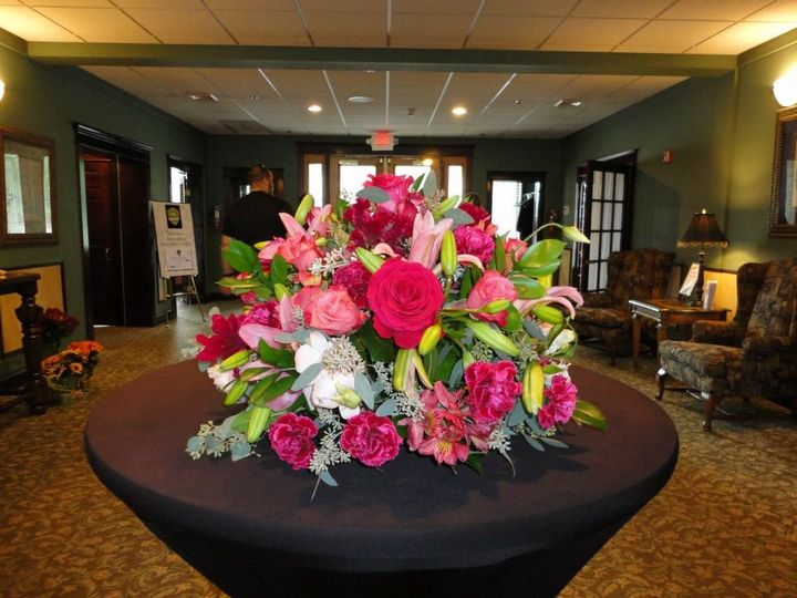 Tmx 1345672874561 4232543655096034780951863033358n Cherry Hill wedding florist