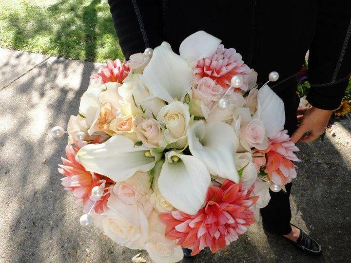 Tmx 1345672890510 429738365515763477479577491067n Cherry Hill wedding florist