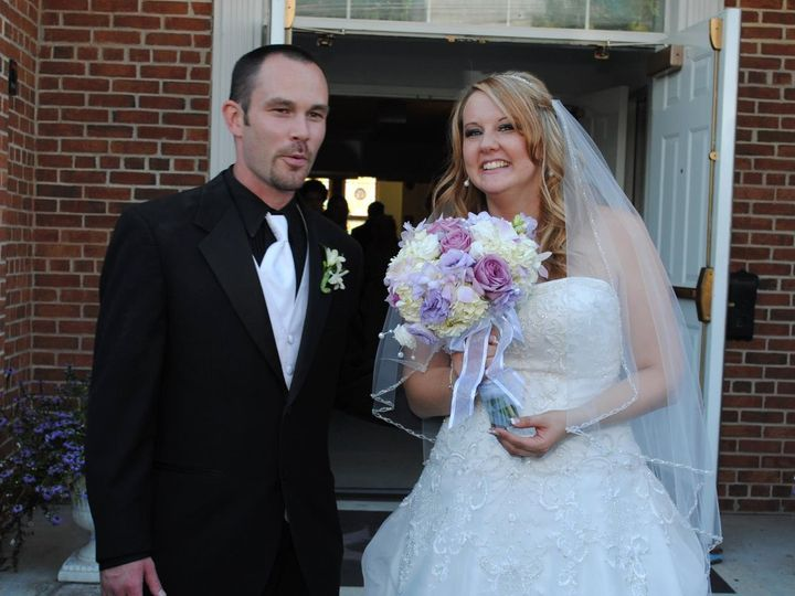 Tmx 1345673140994 340213293196527376070392997146o Cherry Hill wedding florist