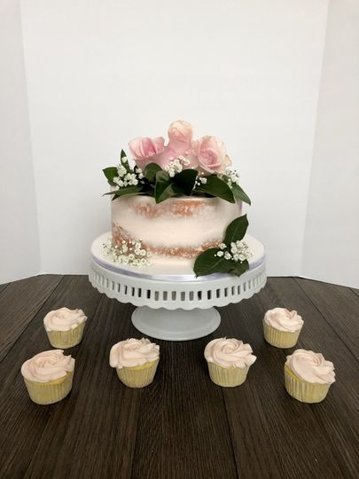 Single Tier Floral Cake