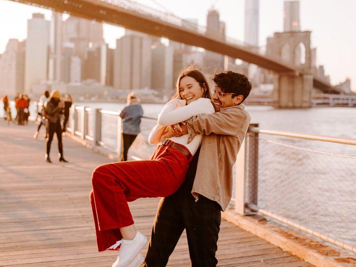 Tmx Brooklyn Bridge Sunset Couple By Kara Mccurdy Photography 5 51 999846 160972295020826 Astoria, NY wedding photography
