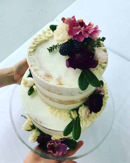Semi-Naked Large 2-Tier