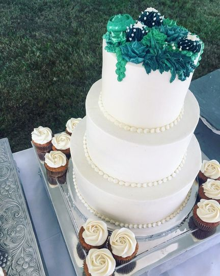 Large 3-Tier Carrot Cake