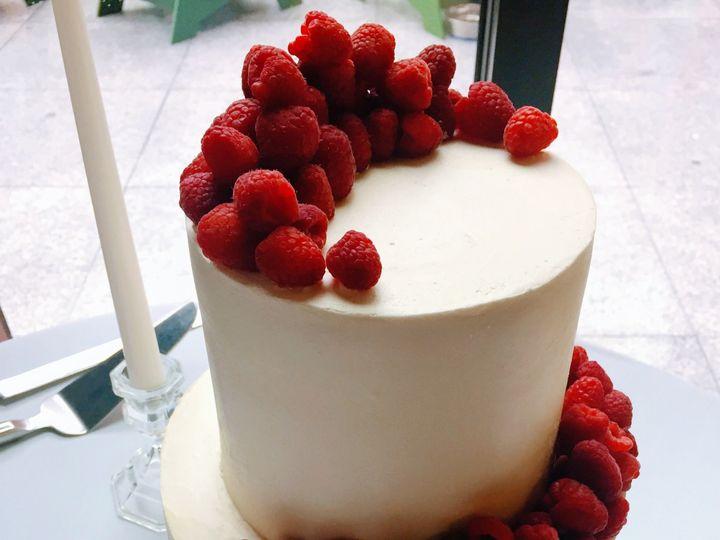 Tmx 1527859559 Ad78417972974299 1527859557 6c17d924cf0f2633 1527859555288 1 IMG 0590 Shelburne, VT wedding cake