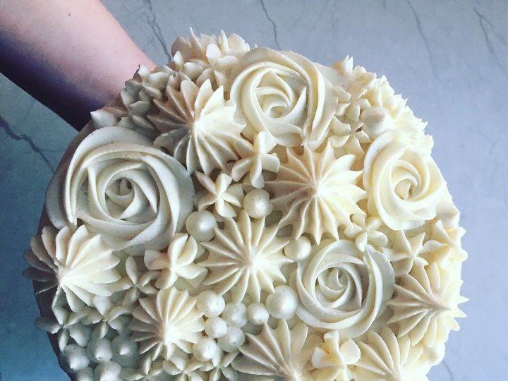 Tmx 1528151044 16833422d3807005 1528151043 01e70a3a552b0287 1528151041901 1 IMG 0715 Shelburne, VT wedding cake