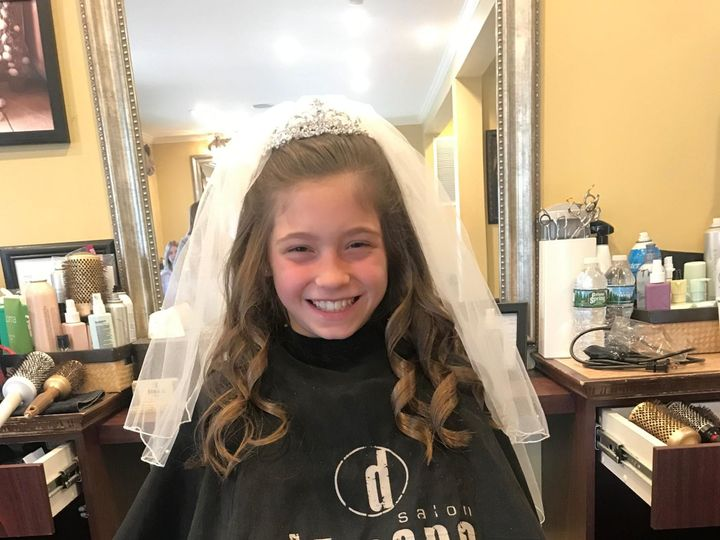 Tmx Img 1261 51 781946 1571141610 Smithtown, NY wedding beauty