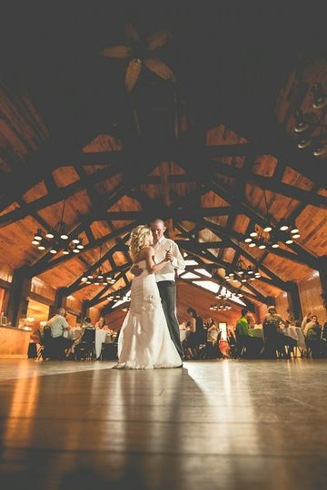 800x800 1442500264092 little log cabin hastings minnesota wedding photog