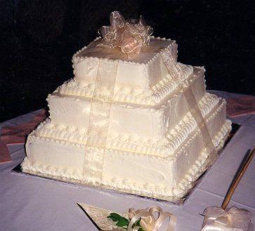 Tmx 1306087698849 WeddingCake3tiersquare001 West Hills wedding cake