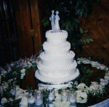 Tmx 1306087702006 WeddingCake4tiersSimple012 West Hills wedding cake
