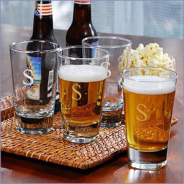 800x800 1373293076888 personalized beer glasses
