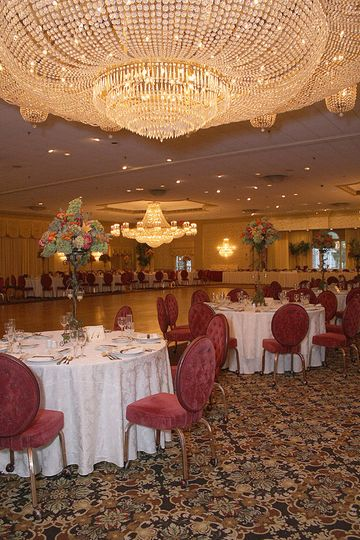 800x800 1494009939243 birchwood manor grand ballroom velvet chairs ww