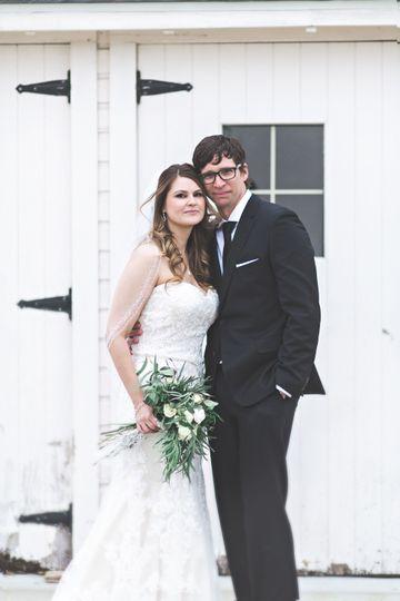 73177f54834058a1 1524682651 855314481980d187 1524682641896 23 Married April an