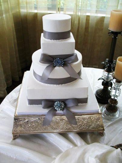 Cake Art Norcross Ga : For Goodness Cakes - Wedding Cake - Norcross, GA - WeddingWire