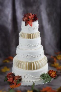 Tmx 1193776595890 CirclesofLoveMagazineQuality Akron wedding cake