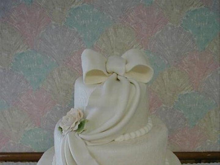 Tmx 1193777777375 Mandy%27sCake Akron wedding cake