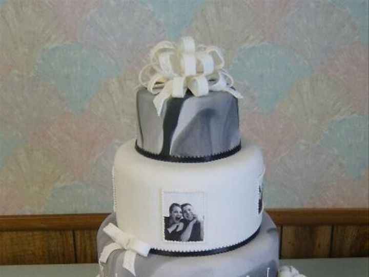 Tmx 1193777840765 Picturecake Akron wedding cake