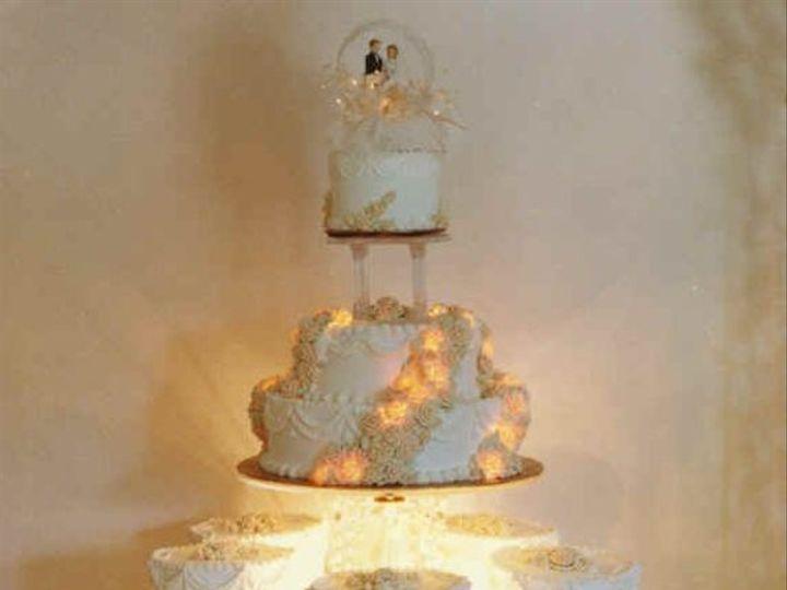 Tmx 1193777890750 Lighted Rose Akron wedding cake
