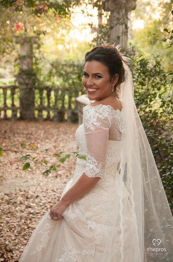 We love happy brides!
