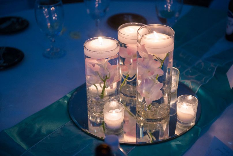 We offer 22 different guest table centerpieces at NO EXTRA CHARGE.
