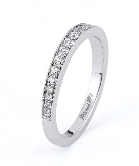 Side stone wedding band