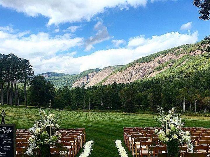Tmx 25011617 151587788817253 4282485618526650368 N 51 157056 Cashiers, North Carolina wedding florist