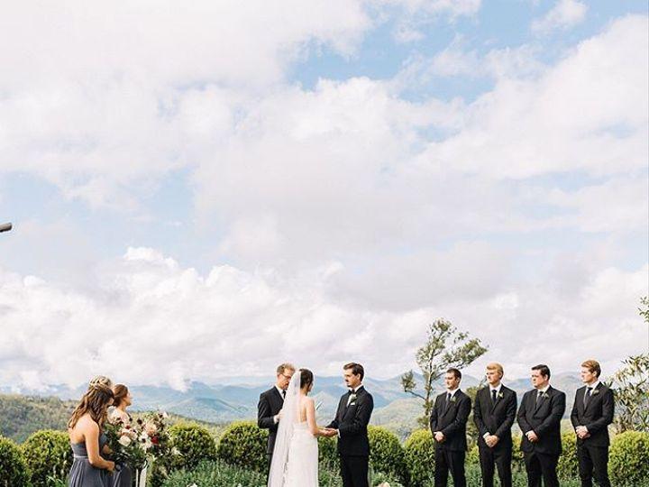 Tmx 26308677 149136919213319 1880996165827166208 N 51 157056 Cashiers, North Carolina wedding florist