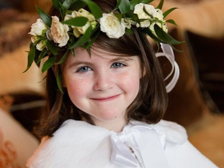 Tmx 26865582 211464502733471 8420541257939419136 N 51 157056 Cashiers, North Carolina wedding florist