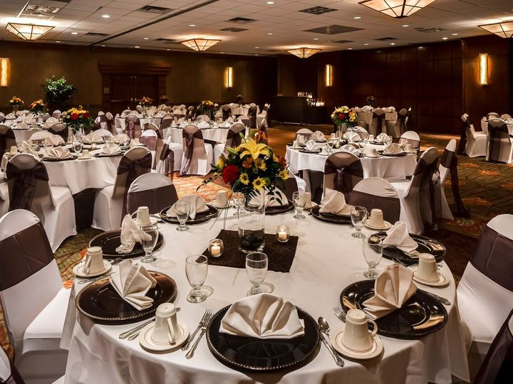 Tmx 1451423574140 Rounds Ballroom 1 Urbandale, IA wedding venue
