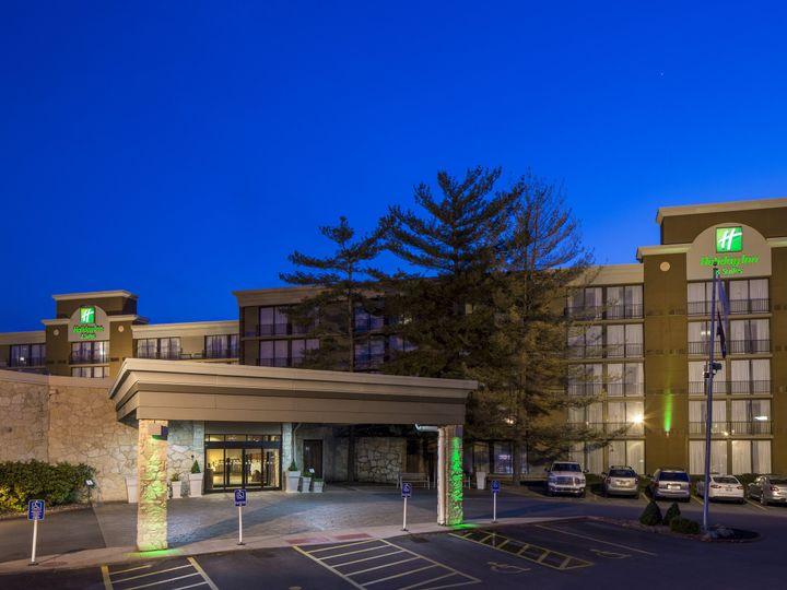 Tmx B Twilight Arrival At The Holiday Inn Suites Des Moines Northwest 51 138056 161711958241804 Urbandale, IA wedding venue