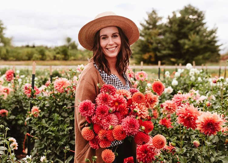 Flower Farm in Dahlia Season