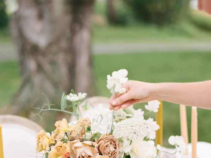 Tmx Alexandra Meseke Understated Soft Luxury Wedding Upstate Ny 0136 51 961156 157920860154069 Brockport, NY wedding florist