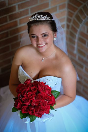 A stunning Rockford IL Bride.  Wedding photography by Jay Bryant