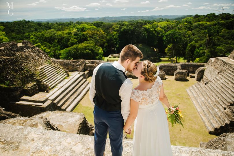 Married on top of a mayan temple in Belize!