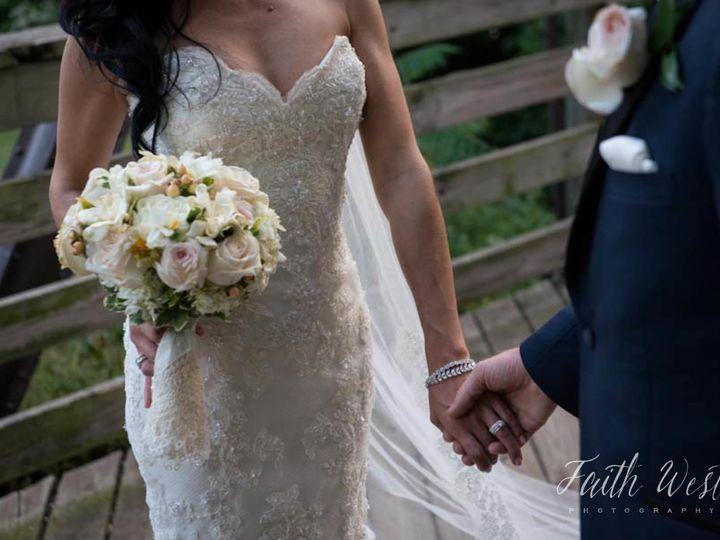 Tmx 1516046529 1c43f3ffd49f0e2e 1516046522 D83712278667a3e6 1516046523158 3 18 16 831 Ventresc Ambler, PA wedding florist