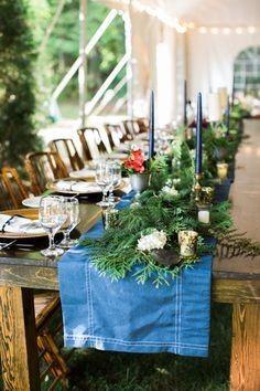 Long table center vine