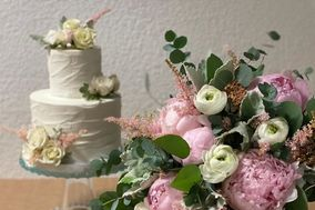 Sweet Dreams Cakes and Flowers