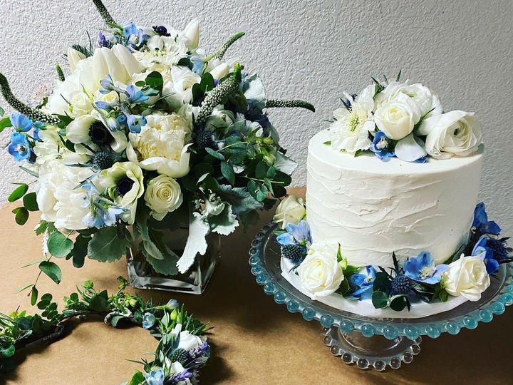 Tmx 4fc26f8e D45f 4aea 95e0 Eec5bf625d2c 51 40256 159658177791234 Oakhurst, CA wedding florist