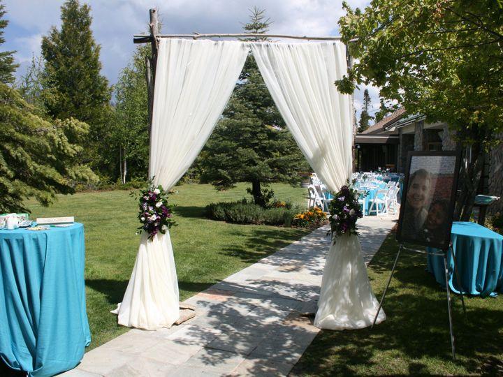 Tmx Img 5484 51 40256 159658909466222 Oakhurst, CA wedding florist