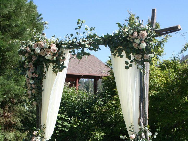 Tmx Img 5556 51 40256 159658877397027 Oakhurst, CA wedding florist