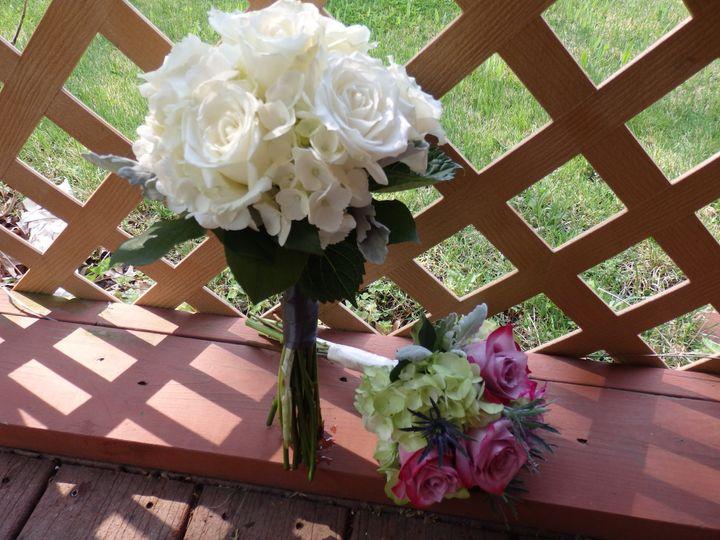 Tmx 1460410312316 P5091098 Oneida wedding florist
