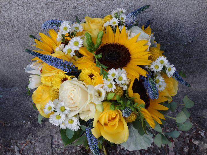 Tmx 1460412161756 P8081227 Oneida wedding florist