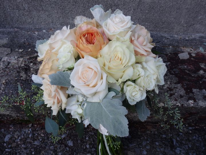 Tmx 1460412361598 P8221264 Oneida wedding florist