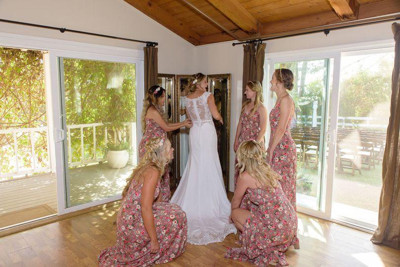Bridal Room Girls Get Ready