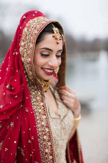 Bride with Classic Red lip