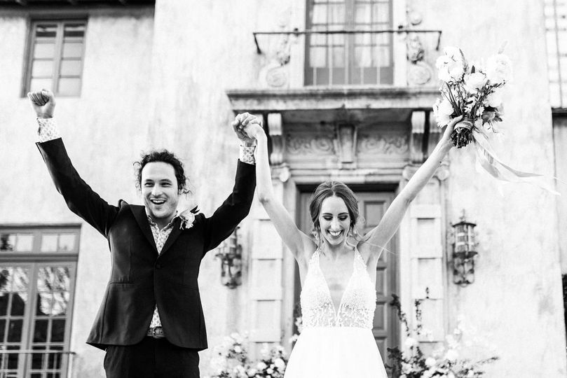 When you elope on the doorstep of the historic Dresser Mansion, there's so much to celebrate.