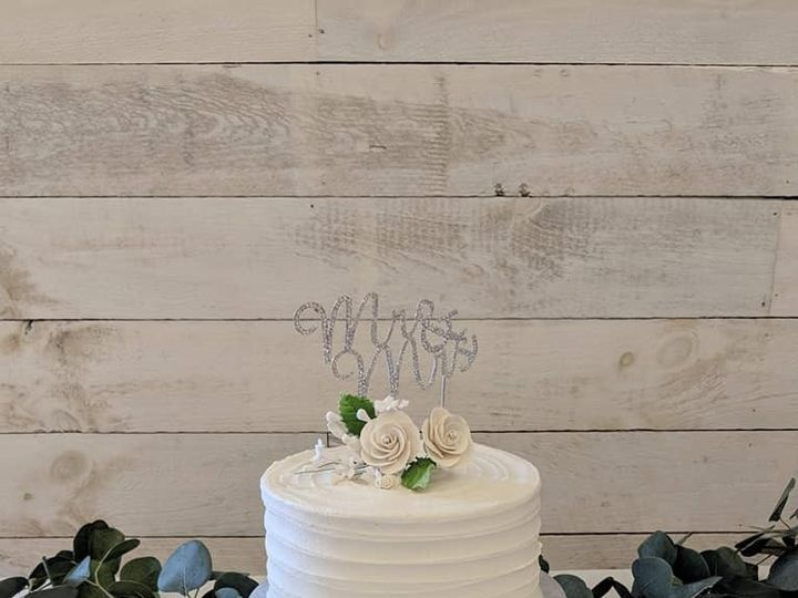 Tmx 67237459 468350913944131 2923561109988311040 N 51 1010356 158403165990559 Hartford, WI wedding cake