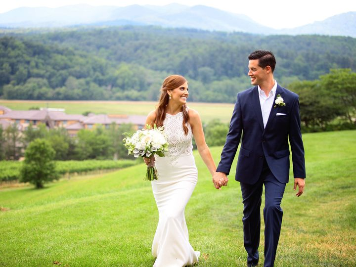 Tmx 1518109066 02c81564ab827203 1518109063 C95fb602ac4f50a3 1518109046153 4 IMG 0298 X3 Asheville, NC wedding photography
