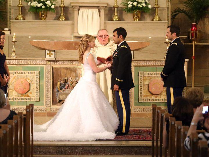 Tmx 1518109457 0cba512cc0de8193 1518109455 Cad0105356799d1c 1518109435986 2 IMG 0928 X2 Asheville, NC wedding photography